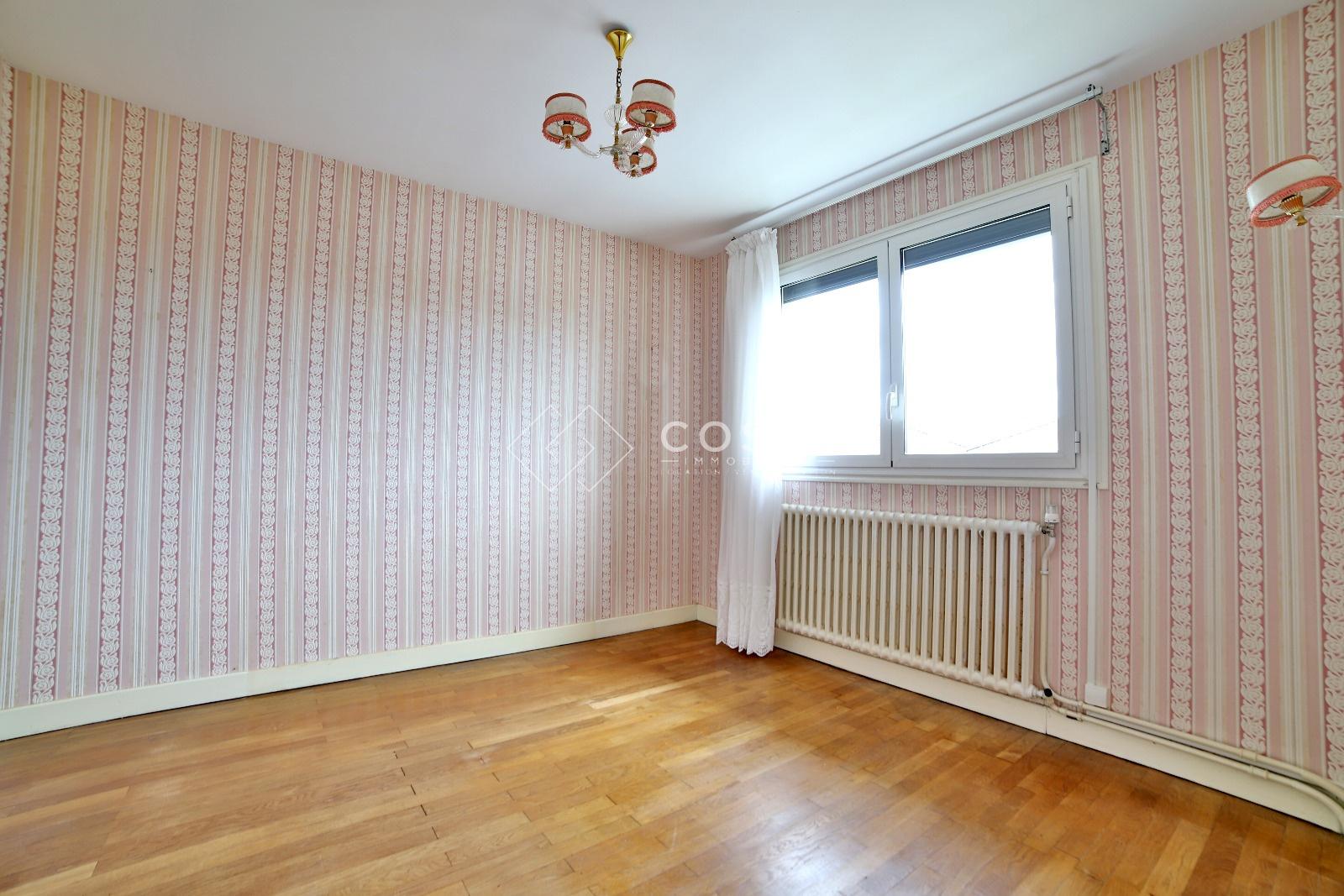 Garage Feytiat à vente maison à feytiat 6 pièces 125m² 149 500€ sur le partenaire